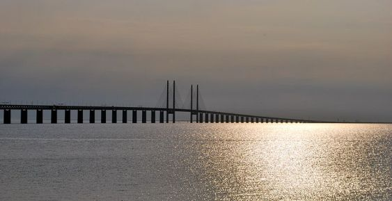 800px-Øresund_Bridge_-_Øresund